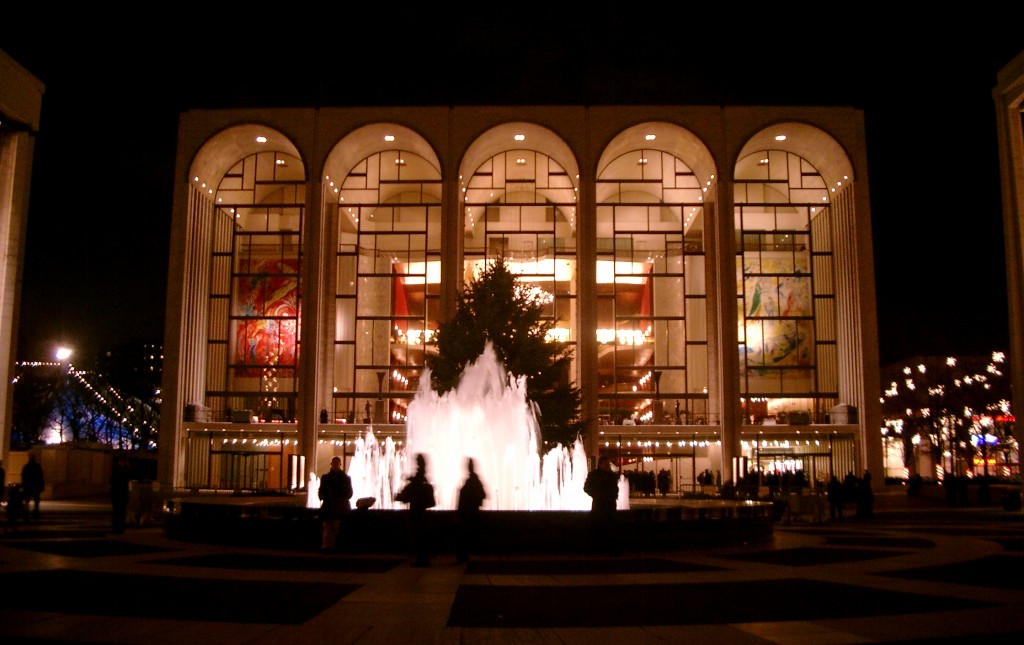 The Met, Lincoln Centre. Image by Lechhansl, 2004